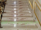 cầu thang đá hoa văn